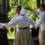Snēpeles vidējās paaudzes deju kolektīvs