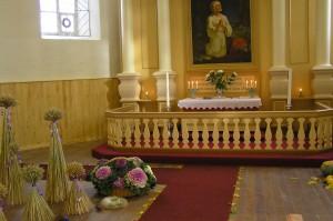 Snēpeles baznīcas altāris