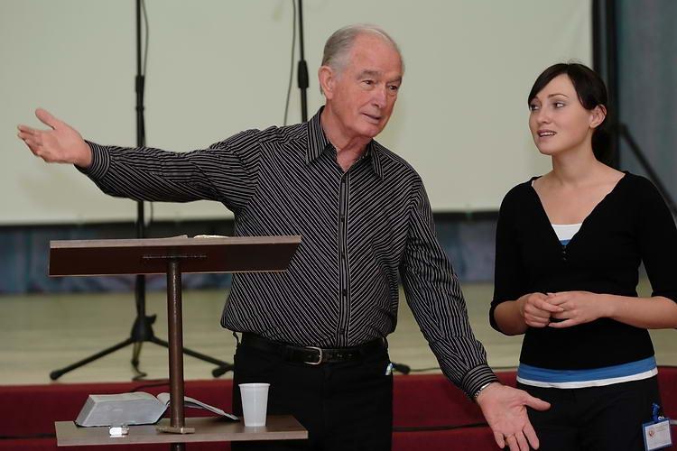 19. jūnijs, 18:30 – Tikšanās ar Džimu Delhartu no ASV (Snēpeles baptistu baznīcas pagalmā)